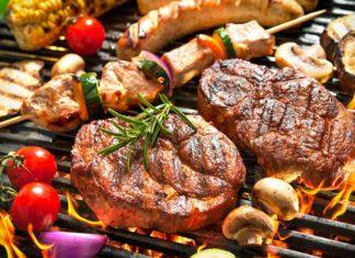 Karkówka z grilla po mistrzowsku – zobacz, jak ją przyrządzić i z czym podawać