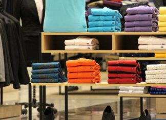 Czy warto kupować ubrania z outletu